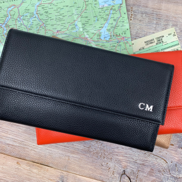 Wallets Byron & Brown Leather Travel Wallet £50.00